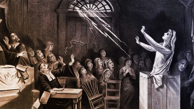 Club Nit de Misteris: Ruta La caza de brujas