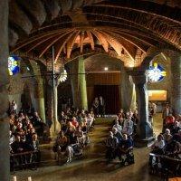 Interior de la Cripta Güell