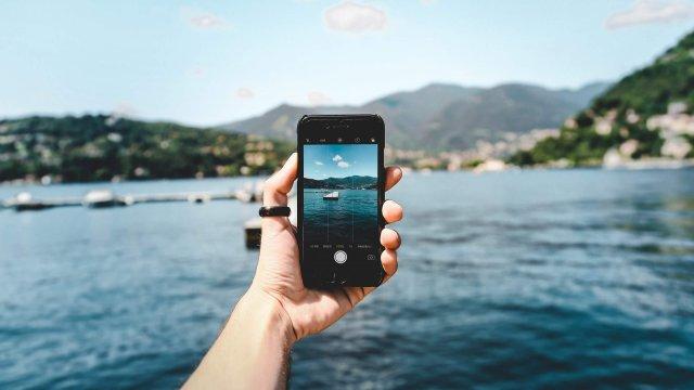 """Cómo visitar """"móvil en mano"""" una ciudad como Barcelona, Calella o Girona"""